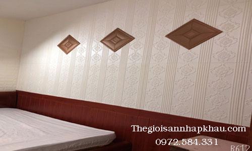 Thiết kế tường với xốp dán tường giả da ô vuông